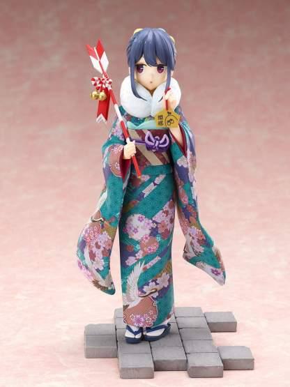Rin Shima Furisode Version (Laid-Back Camp) PVC-Statue 1/7 21cm FuRyu