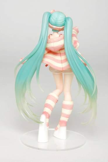 Hatsune Miku Room Wear Version Game Prize (Vocaloid) PVC-Statue 18cm Taito Prize