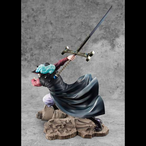 Hawk-Eye Dracule Mihawk Neo Maximum (One Piece) Excellent Model P.O.P. PVC-Statue 34cm Megahouse