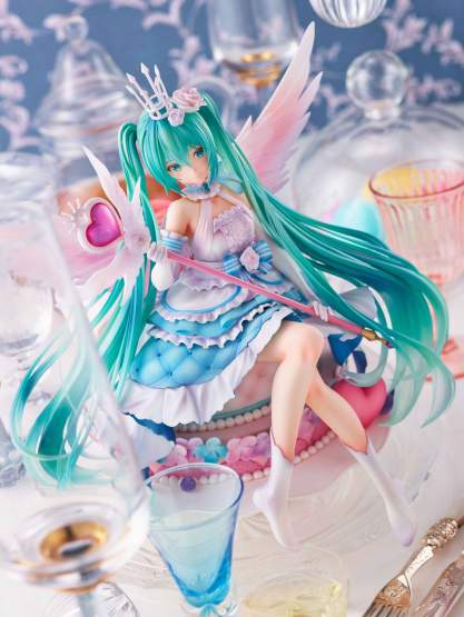 Miku Hatsune Birthday 2020 Sweet Angel Version (Vocaloid) PVC-Statue 1/7 22cm Square Enix