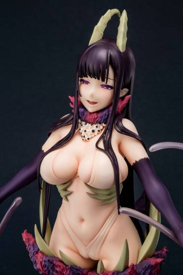 Chiyo The Black Goat of the Woods with a Thousand Young Version (The Elder Sister-Like One) PVC-Statue 1/7 27cm Sol International