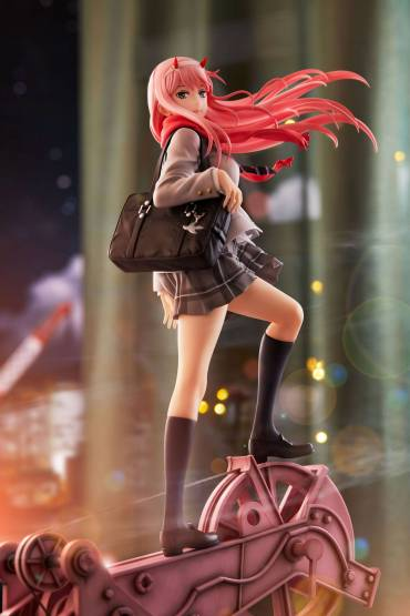 Zero Two School Uniform Version (Darling in the Franxx) PVC-Statue 1/7 29cm Aniplex