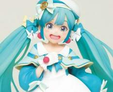 Hatsune Miku 2nd Season Winter Version Game Prize (Vocaloid) PVC-Statue 18cm Taito Prize